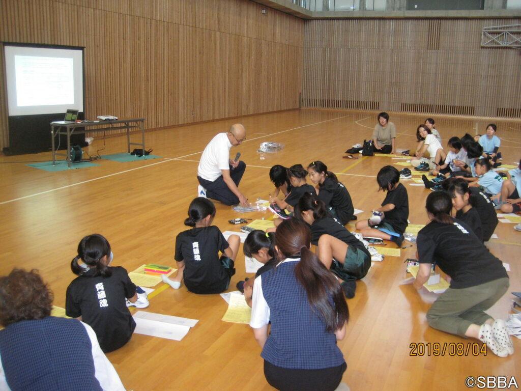 今年度1回目となる「足育・足守講習会」は静岡県静岡市で開催され、延べ400名が参加し、盛大に行われた